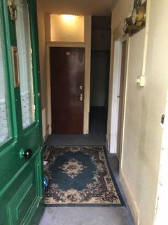Studio to rent - London, E7