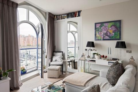 1 bedroom flat for sale - Clove Hitch Quay, London, SW11