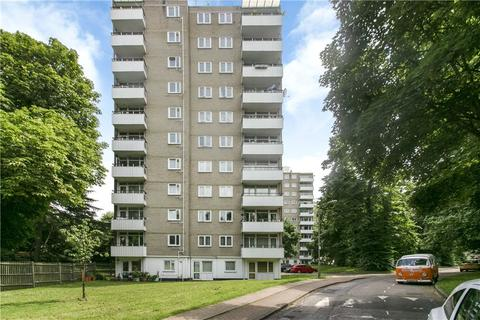 2 bedroom apartment for sale - Morville House, Fitzhugh Grove, London, SW18