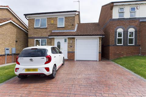 3 bedroom detached house for sale - Swalebank Close, Chesterfield, S40 2US