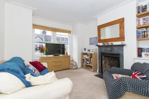 2 bedroom flat for sale - Treport Street, Earlsfield, SW18