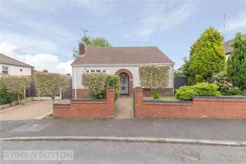 3 bedroom bungalow for sale - Crow Hill South, Alkrington, Middleton, Manchester, M24