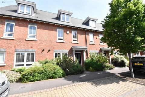 3 bedroom terraced house to rent - Kingfisher Drive, Maidenhead, Berkshire, SL6
