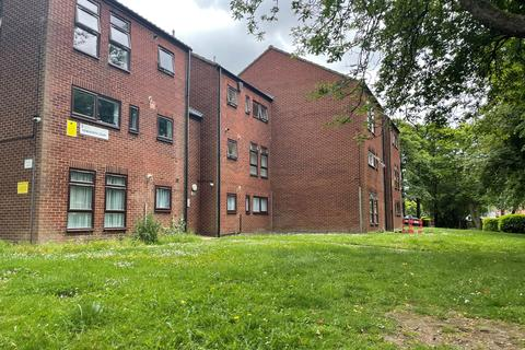 1 bedroom ground floor flat to rent - Kenilworth Court, Wheelwright Road, Erdington, Birmingham B24