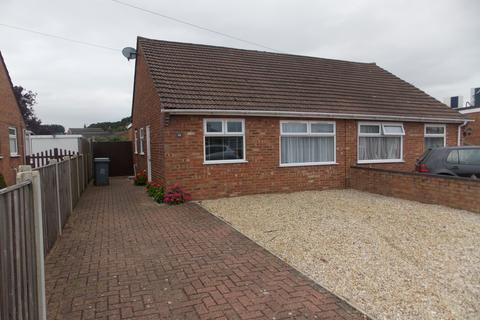 2 bedroom bungalow to rent - Linacre Avenue, Norwich, Norfolk, NR7