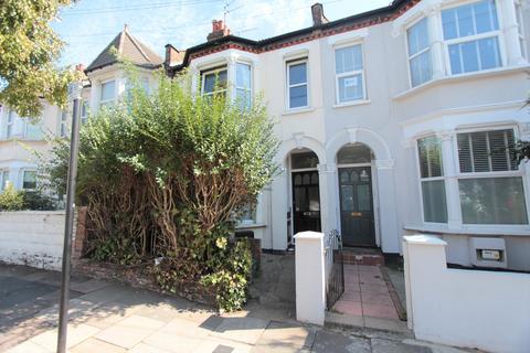2 bedroom flat for sale - Kitchener road, London, N17