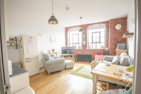 2 bedroom flat for sale - Robinson Building, Norfolk Place, Bedminster, Bristol, BS3 4AX