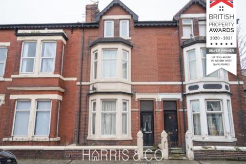 1 bedroom flat to rent - North Church Street,  Fleetwood, FY7