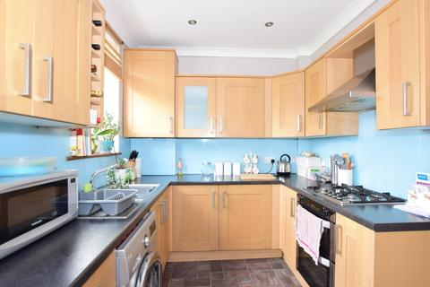 3 bedroom terraced house to rent - West Hill Drive Dartford DA1