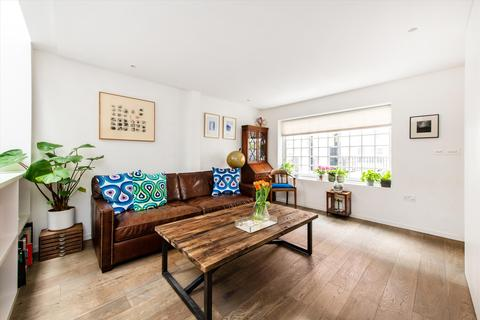 3 bedroom terraced house for sale - New End, Hampstead, London, NW3