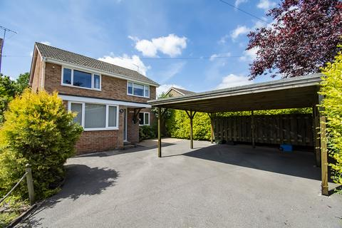 4 bedroom detached house for sale - King John Ave, Bearwood - Re modernised throughout - Stunning family home