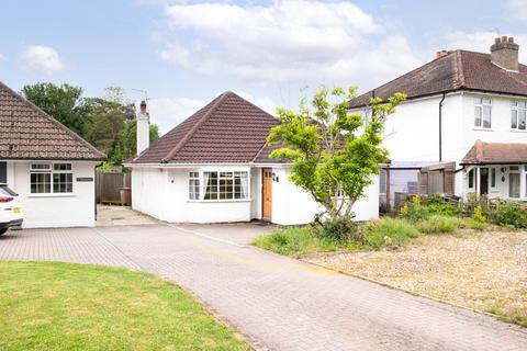 3 bedroom detached bungalow for sale - Slipshatch Road, Reigate