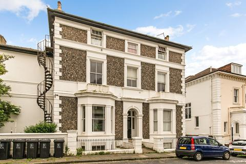 2 bedroom apartment for sale - Belmont, Brighton