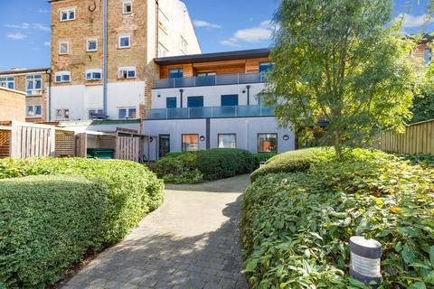 2 bedroom penthouse for sale - Stockmore Street, East Oxford, OX4