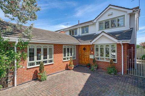 4 bedroom detached house for sale - Vicarage Court, Holt