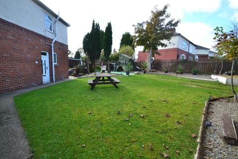 3 bedroom semi-detached house to rent - Camp Road, South Kirkby