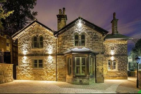 4 bedroom detached villa to rent - The Lodge, Abbeydale Road, Sheffield, S7 2BN