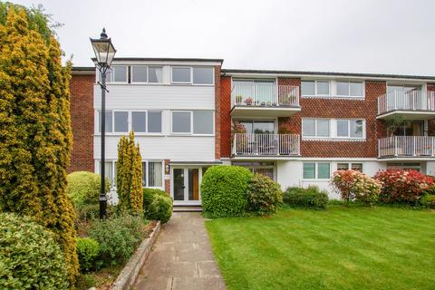 2 bedroom apartment to rent - Tower Street, Chichester