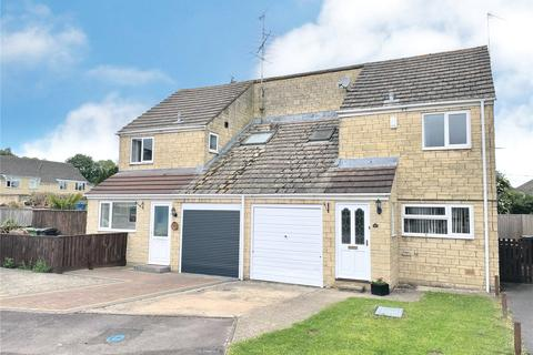 4 bedroom semi-detached house for sale - Rose Way, Cirencester, GL7