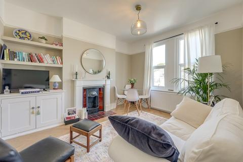2 bedroom flat for sale - Woolstone Road, Forest Hill, London, SE23