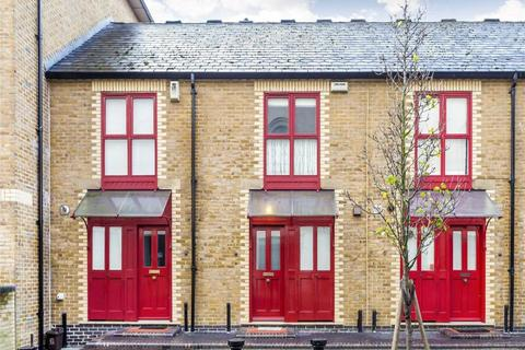 1 bedroom house to rent - Gainsford Street, London,