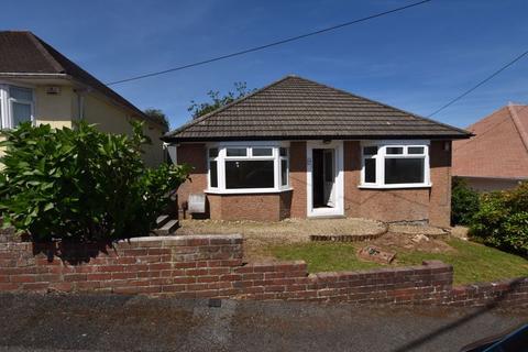 2 bedroom detached bungalow for sale - Longview Road, Saltash