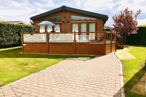 3 bedroom mobile home for sale - Llanededwen, Llanfair P.G., Anglesey, LL61 6EJ