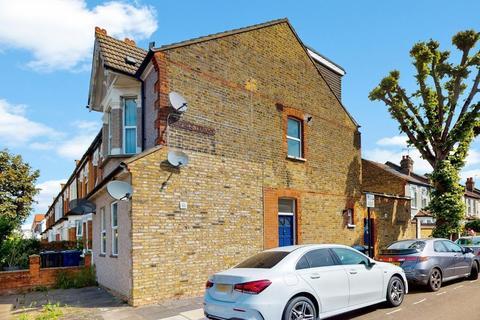 2 bedroom flat to rent - Westfield Road, Ealing, London, W13 9JH
