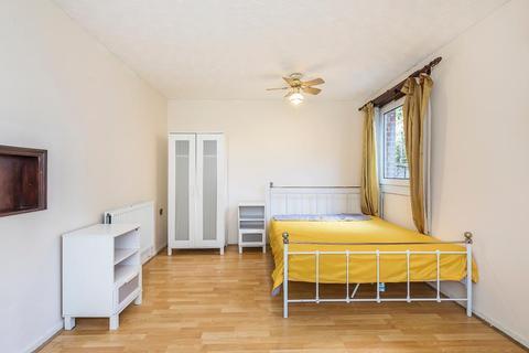 3 bedroom maisonette for sale - Arbery Road, Mile End, London, E3 5DF