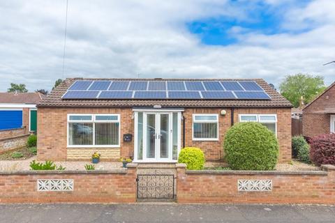 3 bedroom detached bungalow for sale - Surrey Close, Corby