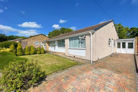 3 bedroom semi-detached bungalow for sale - Dene Crescent, Ryton