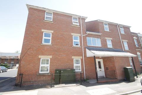 1 bedroom flat to rent - High Street, Tredworth, Gloucester