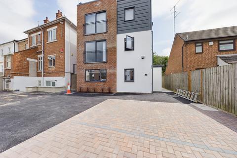 1 bedroom flat to rent - 259 Gloucester Road , Cheltenham ,