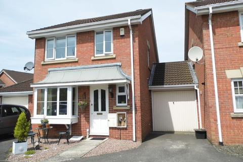 3 bedroom detached house to rent - Shelburne Road, Calne