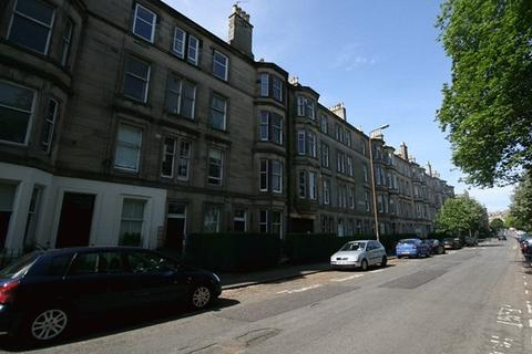 3 bedroom flat to rent - Montgomery Street, Edinburgh