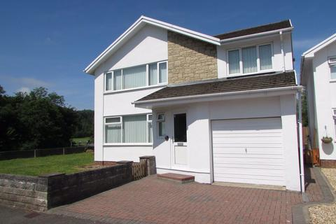 4 bedroom house to rent - Woodland Avenue, Pencoed, Bridgend, CF31 6UP