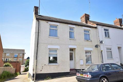 3 bedroom end of terrace house for sale - Brook Street East, Wellingborough