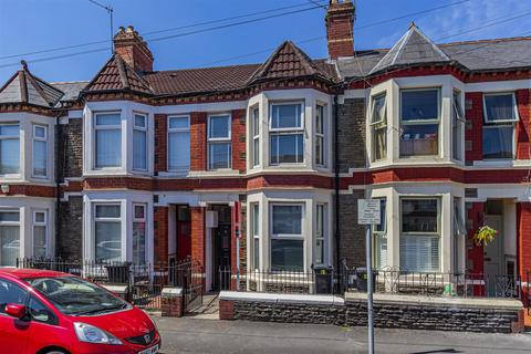 3 bedroom house for sale - Inverness Place, Roath