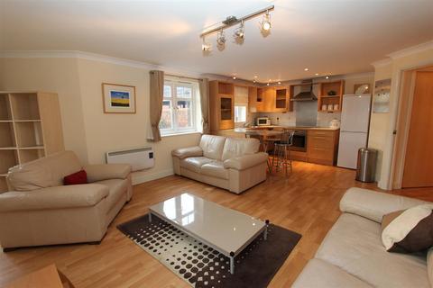 2 bedroom flat to rent - Brackenhurst Place, Moortown