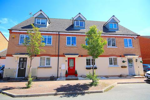 3 bedroom townhouse for sale - Clover Way, Syston