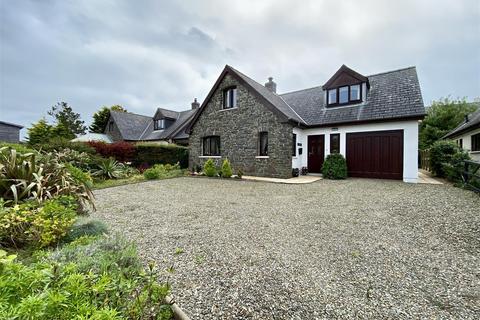 4 bedroom detached bungalow for sale - 3 Penparc, Trefin, Haverfordwest