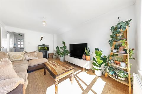 3 bedroom house to rent - Vaughan Williams Close, New Cross, London
