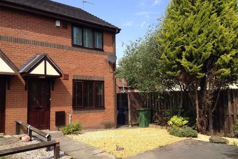 2 bedroom semi-detached house to rent - Kerris Close, Wythenshawe