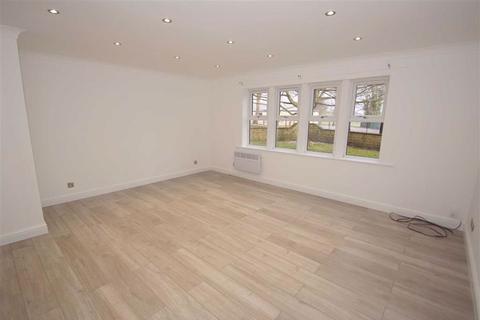 2 bedroom flat to rent - Parkwood Court, Old Park Road, LS8