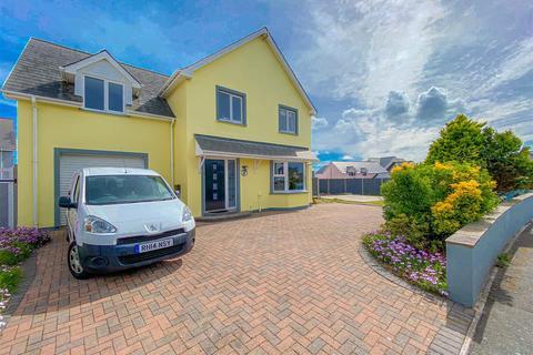 5 bedroom detached house for sale - 5 Ocean Way, Pembroke Dock, SA72 6RA