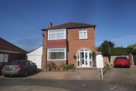 3 bedroom detached house for sale - Sewerby Rise, Bridlington