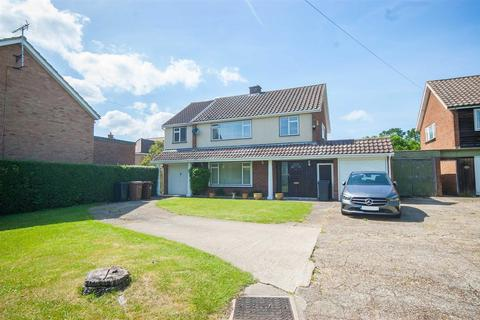 4 bedroom detached house for sale - Springfield Road, Chelmsford