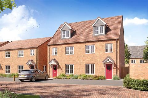 3 bedroom terraced house for sale - The Crofton G - Plot 110 at St Crispin's Place, Upton Lodge, Land off Berrywood Drive NN5