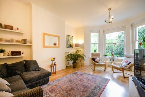 2 bedroom apartment for sale - Kidbrooke Park Road, Blackheath, SE3