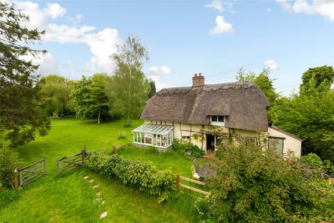 4 bedroom detached house for sale - Lower Road, Stoke Mandeville, Buckinghamshire, HP22